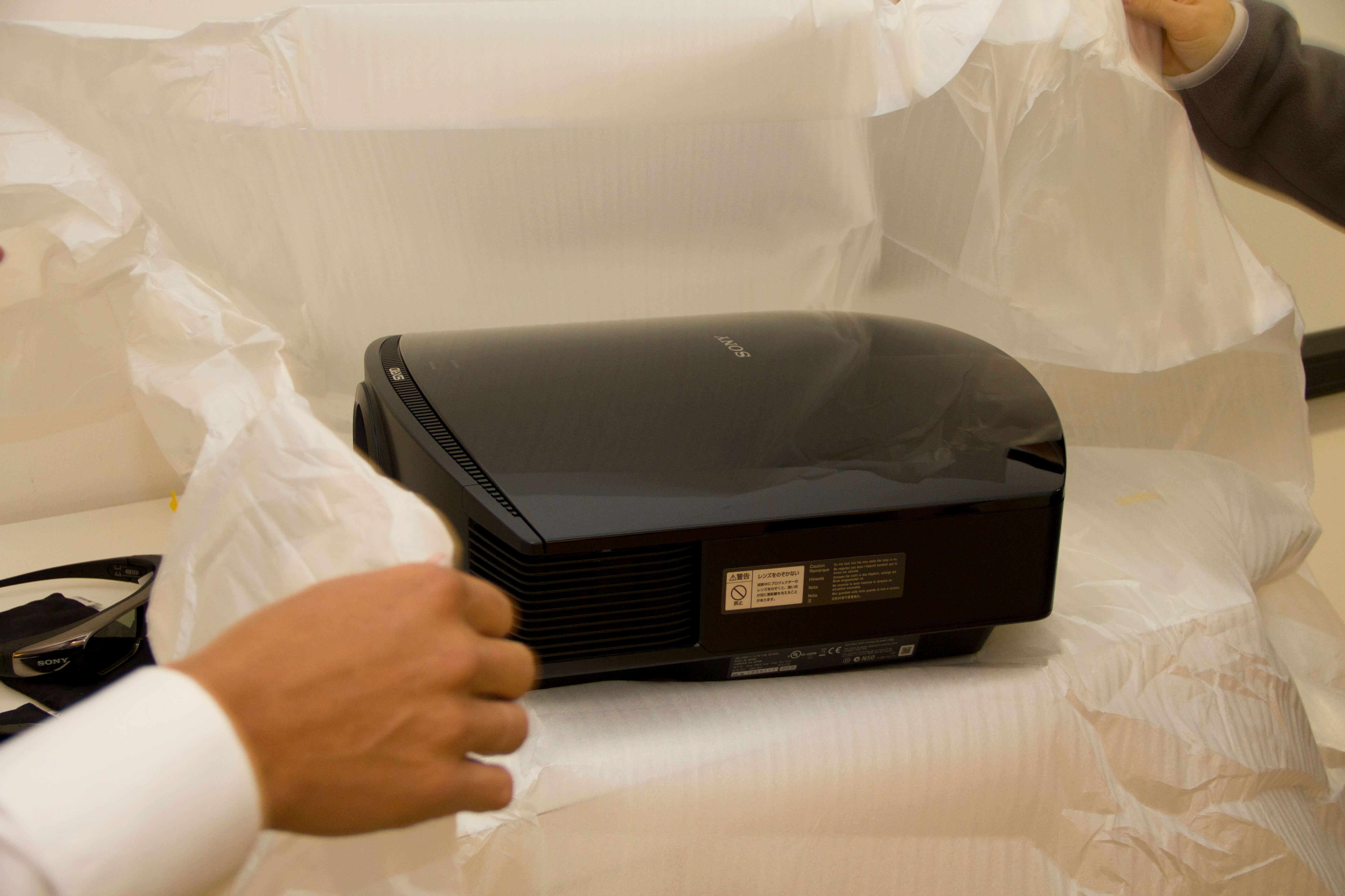 pag 2 - Sony VPL-VW90 da! Erster Eindruck des 3D-Beamers
